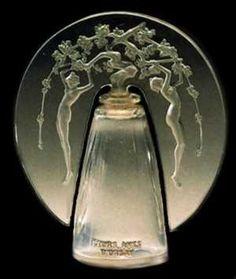 THE SPLENDORS OF LALIQUE ART. Perfume Bottles
