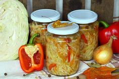 Sałatka z kapusty na zimę Smoothie, Stuffed Peppers, Vegetables, Simple, Ethnic Recipes, Kitchen, Food, Cooking, Stuffed Pepper