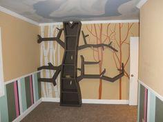 Tree bookshelf for nursery