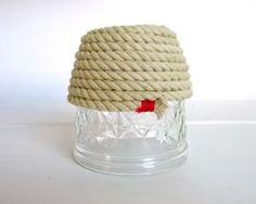 好みの高さまで巻きつけたら完成です!  カットした先端の部分は、糸やリボンを巻いておけばほつれません。