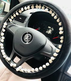 Black Steering wheel cover with white small bubble pendants Black Steering wheel cover with white small bubble pendants,buy boho car accessories are a great way to give your car a natural, chill vibe for. Car Interior Accessories, Car Accessories For Girls, Jeep Accessories, Hippie Auto, Hippie Car, Car Steering Wheel Cover, Steering Wheels, Girly Car, Cute Cars
