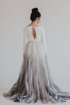 Bridesmaid dresses, simply consider this gorgeous and bright pin idea ref 6111129110 right here. Rustic Bridesmaid Dresses, Unusual Wedding Dresses, Wedding Dresses 2018, Colored Wedding Dresses, Bridal Skirts, Wedding Skirt, Perfect Wedding Dress, Wedding Wear, Wedding Attire