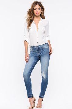 Джинсы Размеры: 11/12 Цвет: голубой Цена: 1870 руб.     #одежда #женщинам #джинсы #коопт