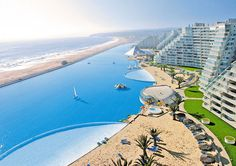 worlds largest pool cool-private-resort-pool-Alfonso-del-Mar