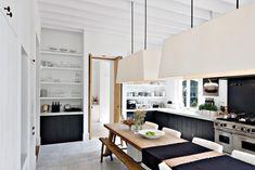 Een landelijk interieur heeft niet zo'n hip imago. Het is vaak oubollig en wordt meestal niet geassocieerd met modern design. Maar met de juiste mix van kleur...