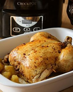 Pui ca la rotisor gătit la Slow Cooker Crock-Pot l Digital - Lecturi si Arome My Recipes, Cooking Recipes, Healthy Recipes, Pasta, Crockpot, Slow Cooker, Cake Decorating, Deserts, Food And Drink