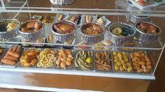 Las casitas de Narán: Terminando el asador de pollos y comidas preparadas.