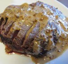 filete de res con crema de mostaza