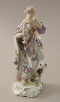 Meissen Saxe Allemagne Statuette d'Une Nymphe Vers 1750., Galerie Arcanes, http://www.antique-art-versailles.fr/annuaire/galerie-arcanes/