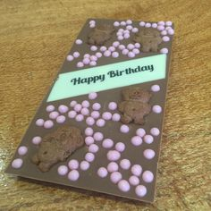 Happy Birthday on Premium Belgian Chocolate Strawberry Crispearls and Tiny Teddies :) These lovely bars will be in stock @little_bloom_room in Gladstone Qld in a few days time! #chocolabau #yum #gladstone #qld #delish #birthday #gift