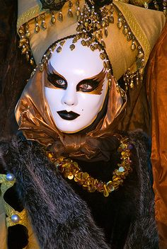 Venice Carnival, Italy. #masks #venetianmasks #masquerade http://www.pinterest.com/TheHitman14/art-venetian-masks-%2B/