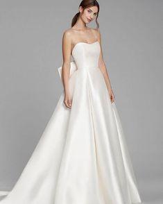 Tara Keeley by Lazaro fall 2018 wedding dress