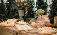 catering alameda Samosas, Moet Chandon, Catering, Dairy, Cheese, Table Decorations, Food, Food Stations, Tuna Tartar