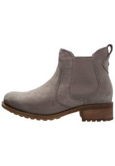BONHAM - Korte laarzen - gray - ugg australia Ugg Australia, Chelsea Boots, Uggs, Ankle, Gray, Shoes, Fashion, Moda, Zapatos