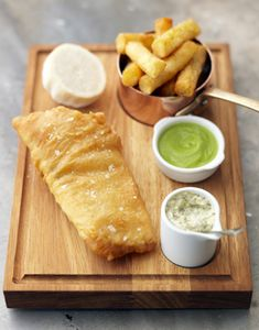 post-tom-kerridge-fish-and-chips-with-pea-puree-and-tartare-sauce-2