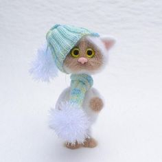 """158 Beğenme, 7 Yorum - Instagram'da Татьяна (@tach_toys): """"Котик связан на заказ и отправился в Питер. Котенок получился настолько нежным, что я его чуть…"""""""