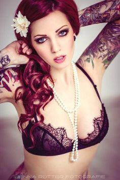 Tattoo's & Women, such a perfect combo~