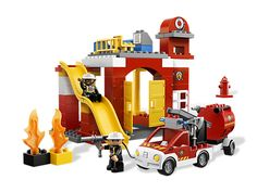 Explore the world of fighting fires with the LEGO® DUPLO® Fire Station!