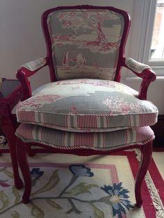 Restyled kitsch Louis Chair in high shine by CaressVintageDesign