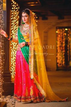danish taimoor ayeza khan mehndi outfit and jewelry Pakistani Mehndi Dress, Bridal Mehndi Dresses, Pakistani Couture, Pakistani Bridal Wear, Pakistani Wedding Dresses, Pakistani Outfits, Bridal Outfits, Indian Dresses, Pakistani Music