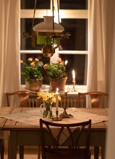 Cozy Corner, Konmari, Scandinavian Home, The Office, Fixer Upper, Sweet Home, Table Settings, Cottage, Table Decorations