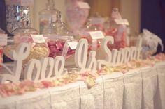 Love is sweet... take a treat!