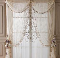 Risultati immagini per mantovane per tende camera da letto | Aleta ...