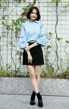 Korean Clothing Styles The Beige Blouse Snsd Fashion, Asian Fashion, Teen Fashion, Fashion Outfits, Girls Generation, Yoona Snsd, Korean Outfits, Kpop Girls, Asian Beauty