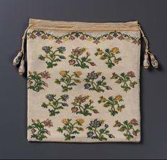 1750-1775, France - Drawstring bag - Silk; beadwork; sablé