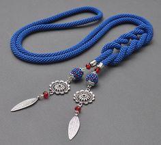 Handmade Wire Jewelry, Rope Jewelry, Pendant Jewelry, Beaded Jewelry, Jewelery, Beaded Bracelets, Bead Crochet, Crochet Rope, Diy Schmuck