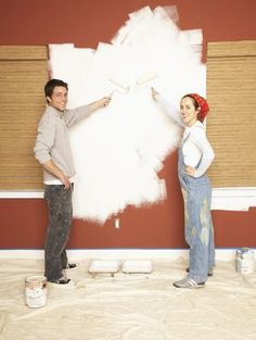 How to Paint Vinyl Mobile Home Walls Like a Pro: Priming Your Manufactured Home . - chryssa home decor Mobile Home Redo, Mobile Home Repair, Mobile Home Makeovers, Mobile Home Living, Mobile Home Decorating, Decorating Ideas, Room Makeovers, Interior Decorating, Mobile Home Renovations