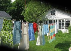Clean Laundry drying on a line. Country Charm, Country Life, Country Girls, Country Living, Country Roads, Laundry Drying, Doing Laundry, Laundry Lines, Laundry Art
