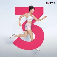 Jacqueline Fernández looking gorgeous Bollywood Girls, Bollywood Celebrities, Bollywood Actress, Insta Pictures, Looking Gorgeous, Celebrity Photos, Actors & Actresses, Celebs, Fashion Outfits