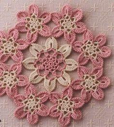 Ivelise Feito à Mão: Flores Unidas De Crochê
