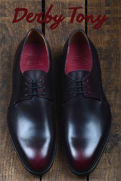Derby Tony patine Bordeaux - What else? #shoeup #shoe #menstyle #shoeporn #shoemaker #mensfashion #craftsmanship #leather #chaussures #homme