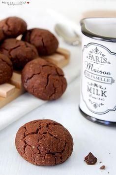 I biscotti morbidi al cioccolato sono dei biscotti velocissimi da preparare. Senza burro e uova, sono davvero perfetti per gli amanti del cioccolato!