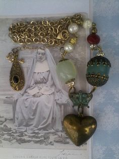 Ex Voto Necklace Vintage Heart crown Pearl Rosary OOAK Royal Jewelry, Heart Jewelry, Jewellery, Heart Crown, Vintage Heart, Baroque Fashion, Gold Accessories, Baroque Pearls, Fashion Jewelry