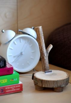 How To: Make a Tree Branch iPod Dock (xmas present for Jake?)