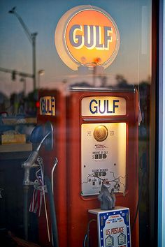 Reflection with Gulf Gas pump Old Gas Pumps, Vintage Gas Pumps, American Gas, Pompe A Essence, Gas Service, Old Gas Stations, Filling Station, Texaco, Old Signs