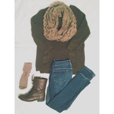 Fall / Winter outfit. Oversized sweater and combat boots.