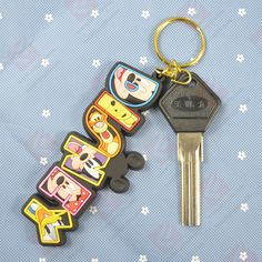 Name: pvc keychain .Material: paper The minimum order for this product is 1000 pieces. Accept your design and size. LOGO can be customized