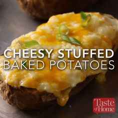 awesome Cheesy Stuffed Potatoes Recipe Read More by Tasty Videos, Food Videos, Cooking Videos Tasty, Recipe Videos, I Love Food, Good Food, Yummy Food, Stuffed Baked Potatoes, Cheesy Potatoes