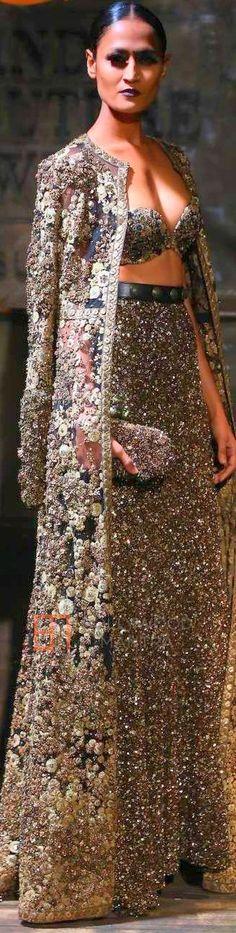 Sabyasachi Mukherjee at Amazon INDIA Couture Week 2015 ♕♚εїз | BLAIR SPARKLES |