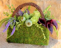 Isn't this gorgeous for spring? LOVE IT! Smart Retailer Magazine - New Product Showcase - Moss Purse with Wicker Handle
