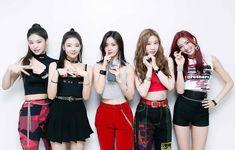 Stage Outfits, Kpop Outfits, South Korean Girls, Korean Girl Groups, Programa Musical, Girl Artist, Best Track, New Girl, Kpop Girls