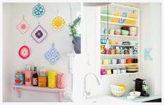 Kitchen Shelf Designs - Jak zaaranżować kuchenne półki.