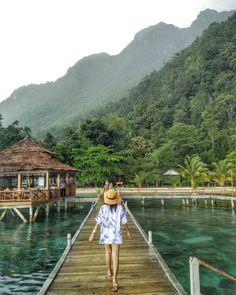 """350 Suka, 4 Komentar - Tukang Jalan (@tukang_jalan) di Instagram: """"TGIF - Have a fabulous Friday . . Location : Ora Beach Resort, Maluku  by : @azzriella19. . .…"""""""