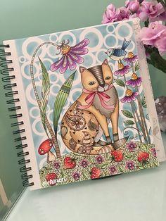Acho que vi um gatinho! 🐱🍓🌸 Colorindo livro Loris Art Garden. #lorisartgarden #lorigardnerwoods