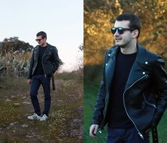 Get this look: http://lb.nu/look/8579377  More looks by João Galhardo: http://lb.nu/joaogalhardo  Items in this look:  Pull&Bear, Zara, Adidas   #casual #minimal #street