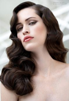 Black-Wavy-Hairstyle-2015